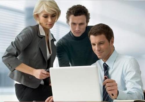 互联网学习与微课技术开发工作坊培训班顺利举行